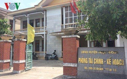 Nu chuyen vien o Quang Tri to bi dong nghiep 'hon rach moi' tai phong lam viec hinh anh 1