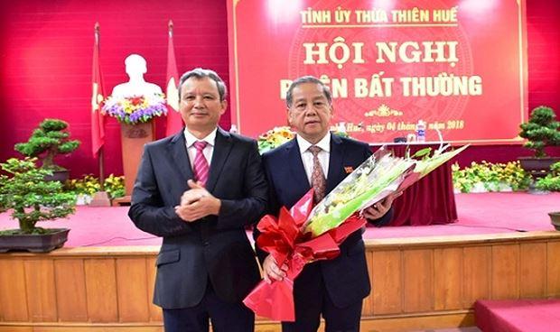 Chu tich Thua Thien - Hue: Se cung cap thong tin cho bao chi 10 ngay 1 lan hinh anh 1