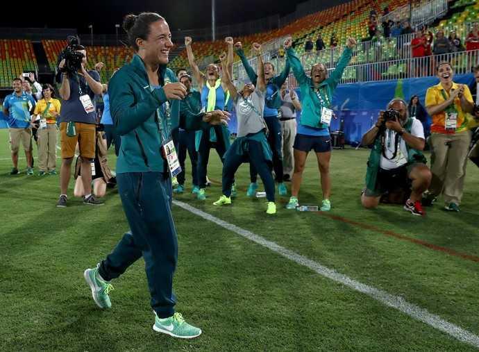 Olympic Rio 2016: Nu giam doc cau hon lang man nguoi tinh dong tinh hinh anh 2