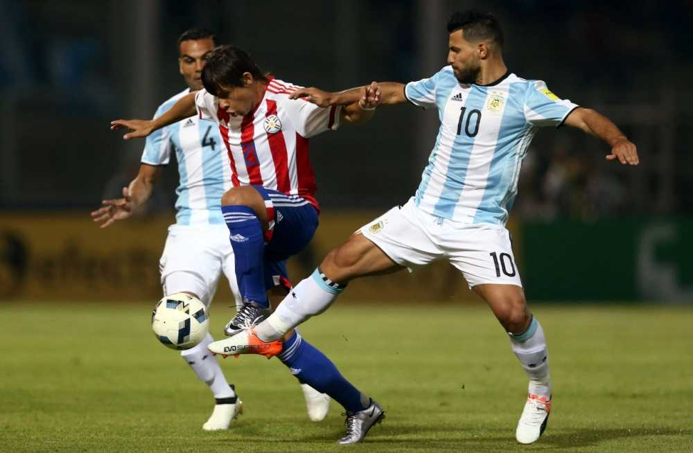 Ket qua vong loai World Cup 2018: Aguero da hong 11m, Argentina thua dau Paraguay hinh anh 1