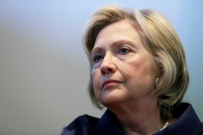 Vi sao Donald Trump luon thua Hillary Clinton trong cac cuoc tham do du luan? hinh anh 1
