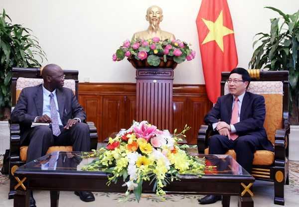 Pho Thu tuong Pham Binh Minh tiep Giam doc World Bank tai Viet Nam hinh anh 1