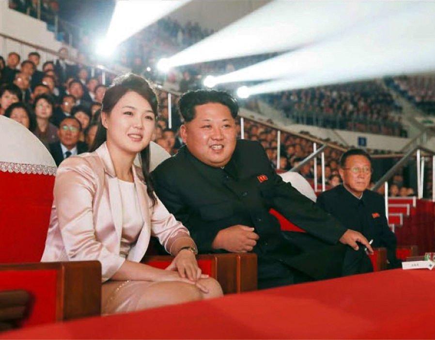 Tinh bao Han Quoc: Phu nhan Kim Jong-un sinh con thu ba hinh anh 1