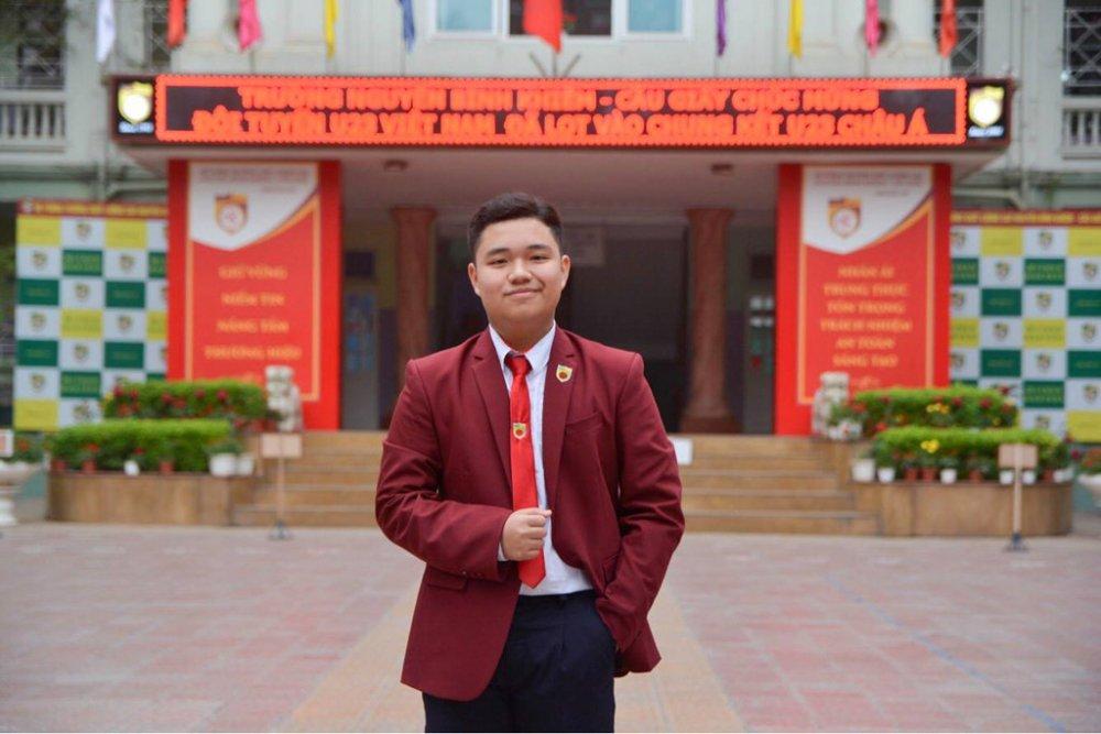 Ngam 10 guong mat 'hot' nhat truong THPT Nguyen Binh Khiem hinh anh 2