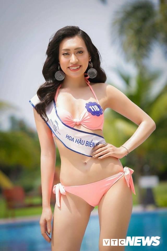 Dan thi sinh Hoa hau Bien VN 'dot mat' nguoi xem trong trang phuc bikini hinh anh 2