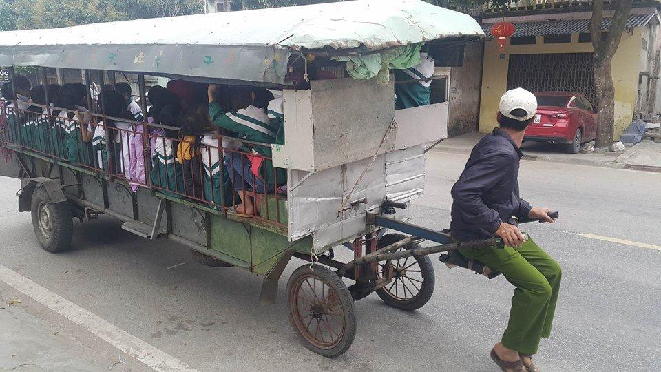 Kinh hai xem xe tu che 'than chet' cho hoc sinh o Hai Duong hinh anh 2