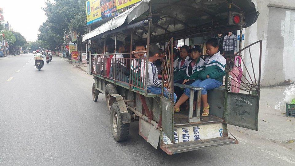 Kinh hai xem xe tu che 'than chet' cho hoc sinh o Hai Duong hinh anh 3