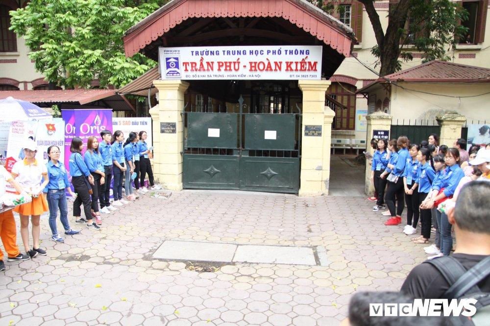 'Chiec thuyen ngoai xa' vao de thi Van THPT Quoc gia 2018, thi sinh than dai va kho hinh anh 4