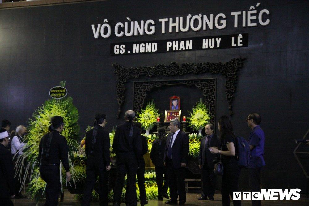 Anh: Lanh dao, nguyen lanh dao Dang, Nha nuoc xuc dong tien biet GS Phan Huy Le hinh anh 16