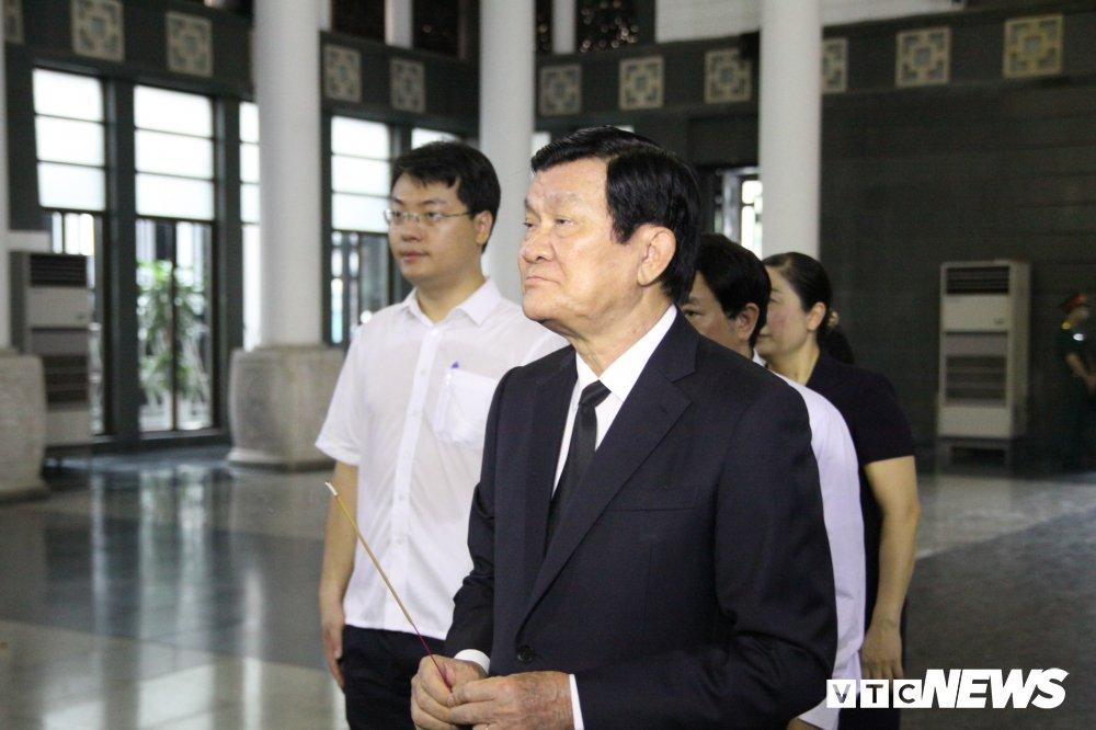 Anh: Lanh dao, nguyen lanh dao Dang, Nha nuoc xuc dong tien biet GS Phan Huy Le hinh anh 1