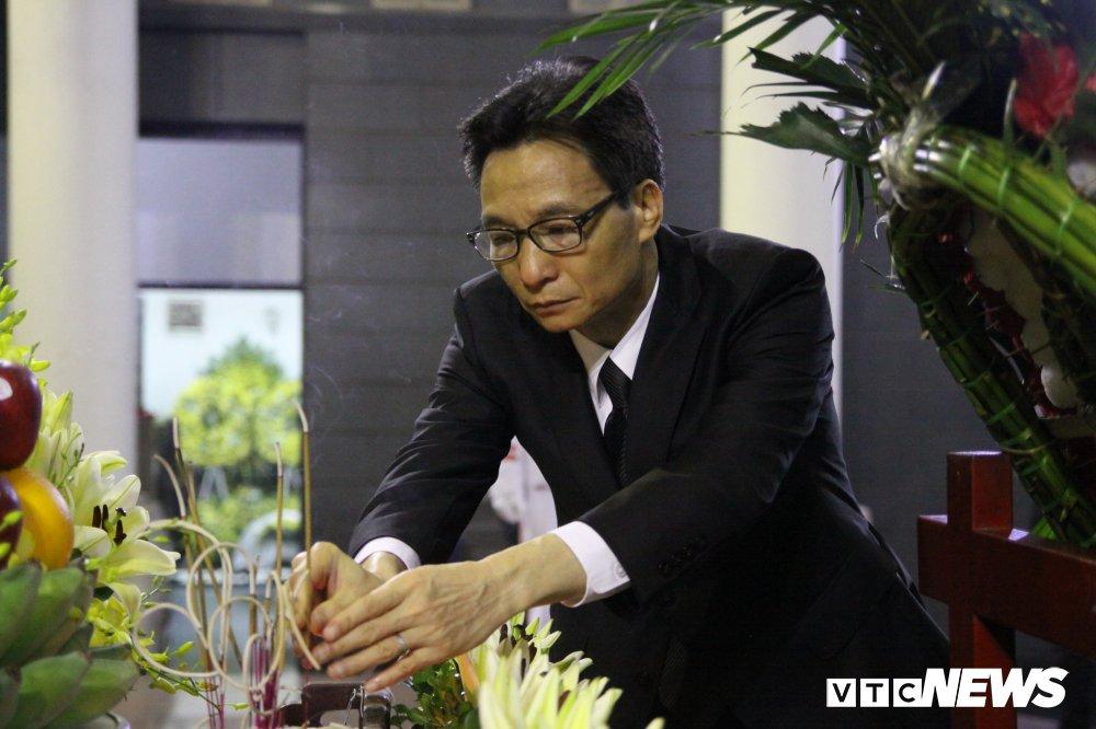 Anh: Lanh dao, nguyen lanh dao Dang, Nha nuoc xuc dong tien biet GS Phan Huy Le hinh anh 3