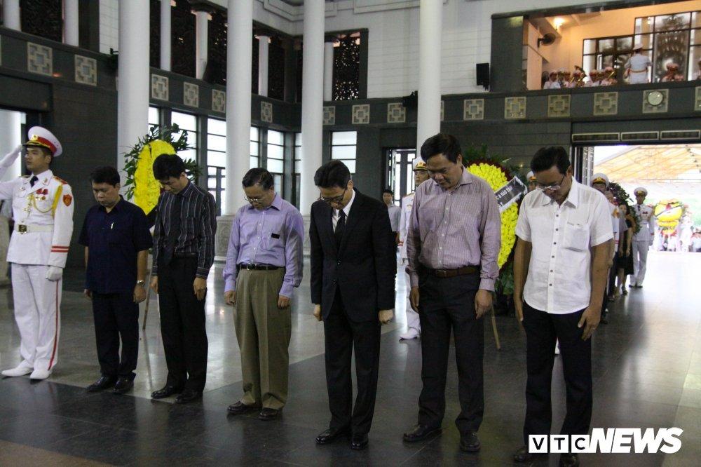 Anh: Lanh dao, nguyen lanh dao Dang, Nha nuoc xuc dong tien biet GS Phan Huy Le hinh anh 4