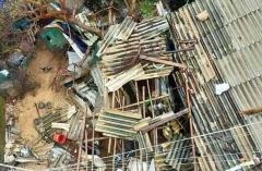 Hàng chục vạn nhà dân, trường học bị bão số 9 tàn phá