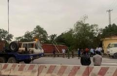 Tàu hỏa trật bánh, đường sắt qua Hà Nam bị gián đoạn