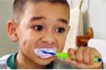 Thực hư thông tin fluor trong kem đánh răng gây khuyết tật, ung thư?