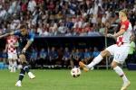 Sut tung luoi Croatia, Mbappe xuat sac chi kem Pele hinh anh 2