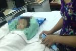 TP HCM: Bé trai bị mẹ ruột và cha dượng đánh gãy xương đùi