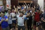 Gia đình Quang Hải, Bùi Tiến Dũng ăn mừng chiến thắng của U23 Việt Nam thế nào?