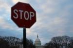 Chính phủ Mỹ đóng cửa: Ai phải nghỉ, ai được đi làm?