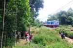 Bị tàu hỏa kéo lê hàng chục mét, người đàn ông chết thảm