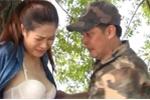 Cảnh xé áo nữ diễn viên gây sốc trong phim hài Tết