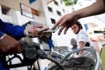 Đề xuất tăng thuế bảo vệ môi trường với xăng dầu theo lộ trình, tăng từ 500 đồng/lít