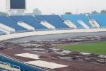 Dọn dẹp đường pitch, sân Mỹ Đình chuẩn bị đón tuyển Malaysia