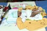 Bé gái sơ sinh bị bỏ rơi trong thùng rác ở Đồng Nai