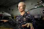 Chiến hạm bị đâm, đô đốc Mỹ mất chức chỉ vài tuần trước khi nghỉ hưu