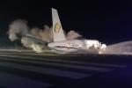 Máy bay Boeing chở 126 người trượt đường băng, 6 người bị thương