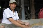 Nhặt được 3 lượng vàng trong bao lúa: Nhiều người nhận là chủ, nhân công đòi chia tài sản