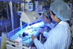 Sức khỏe 3 trẻ sinh non chuyển từ Sản Nhi Bắc Ninh về bệnh viện Bạch Mai giờ ra sao?