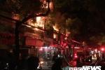 Video: Toàn cảnh đám cháy lớn thiêu rụi nhiều ngôi nhà gần Bệnh viện Nhi Hà Nội