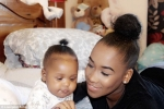 Nuốt phải dầu xoa bóp mẹ để đầu giường, bé gái 11 tháng tuổi tử vong