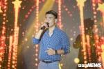 Xuc dong nghe ca khuc Duong Truong Giang sang tac tang rieng cho VTC News hinh anh 1