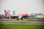 Thêm máy bay chở 184 người của AirAsia gặp sự cố