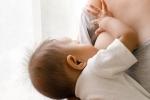 Mẹ nghe lời 'lang băm' không cho con bú sữa, bé 8 tháng tuổi suýt chết