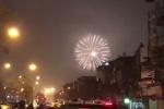 Clip: Pháo hoa rợp trời Hà Nội đón năm mới Mậu Tuất 2018