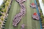 800 học sinh xếp hình nước Việt Nam chào cờ đầu tuần