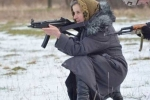 Bà cụ Ukraine 68 tuổi quyết tâm gia nhập quân đội đánh quân ly khai