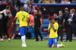 Neymar cui dau roi World Cup, CDV Brazil dau don khoc nghen hinh anh 5