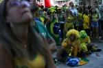 Neymar cui dau roi World Cup, CDV Brazil dau don khoc nghen hinh anh 7