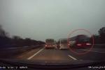 Triệu tập tài xế 'làm xiếc' trên cao tốc Nội Bài - Lào Cai