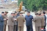 Anh: Ong Kim Jong-un tich cuc thi sat nhieu noi phia Dong bac Trieu Tien hinh anh 16