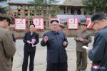Anh: Ong Kim Jong-un tich cuc thi sat nhieu noi phia Dong bac Trieu Tien hinh anh 17