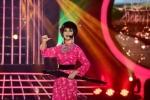 Video: Hòa Minzy hát cải lương, diva Mỹ Linh tâm phục khẩu phục