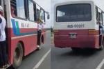 Xử lý xe buýt chở hàng chục học sinh đu bám cửa ở Bình Thuận