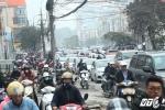 Người dân đổ xô về quê nghỉ Tết Dương lịch, đường phố Hà Nội kẹt cứng