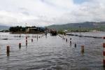 Thủy điện xả lũ, nhiều tuyến đường ở Phú Yên và Bình Định bị chia cắt