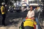 Cổ động viên khuyết tật vượt ngàn cây số cổ vũ SLNA
